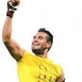 Heiliger Romero neuer WM-Held