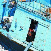 181 Tote auf einem Boot