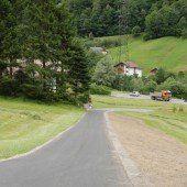 Schruns: Neuer Straßenbelag aufgebracht