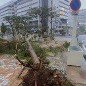 Taifun Neoguri hält Japan weiter in Atem