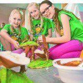 Buntes Treiben beim Fest des Kindes in Bregenz