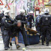 Großeinsatz bei Räumung von Wiener Punker-Haus