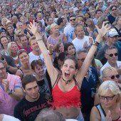 Christina Stürmer und Nena begeisterten beim Open Air auf dem Messegelände