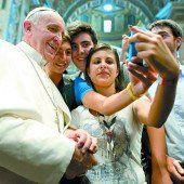 Papst, Kardinal und Sporschill
