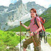 Perfekt ausgerüstet in die schöne Bergwelt