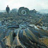 Mindestens 295 Todesopfer bei Flugzeugabsturz in der Ostukraine
