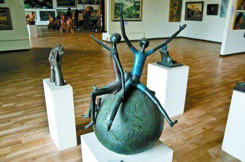 Auch Skulpturen werden in den Ausstellungen in Songzhuang gezeigt. Foto: Flickr