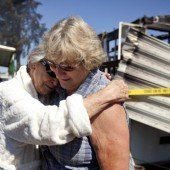 Kalifornier räumen nach schwerem Erdbeben auf