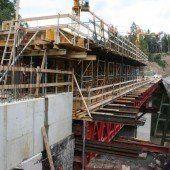 Brunsttobelbrücke macht Fortschritte