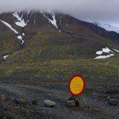 Vulkan brodelt: Isländer evakuieren Touristen