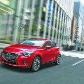Erste Bilder des neuen Mazda2
