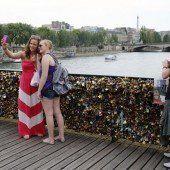 Paris mit Kampagne gegen Liebesschlösser
