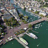 Fast eine Million bei Street-Parade in Zürich