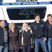 Die ganze Familie Madlener packt an
