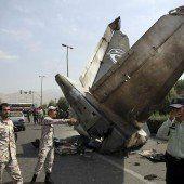 Flugzeugabsturz mit 38 Todesopfern in Teheran