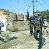 Irak feuert auf Terrorgruppe IS