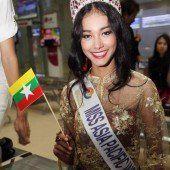Ex-Schönheitskönigin brennt mit Krone durch
