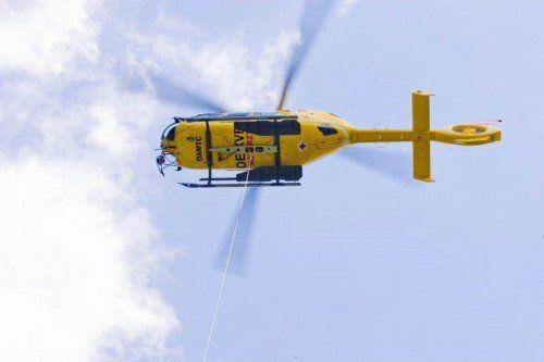 Notärzte des Hubschraubers C 8 stellten den Tod fest.  Foto: VN