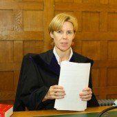 Raub, Schlägerei, Drohung: Familientreffen vor Gericht