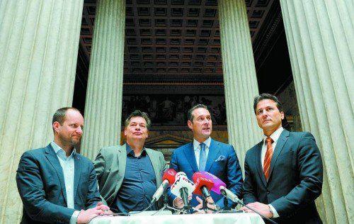 Schulterschluss der Opposition zur Hypo-Causa möglich: Strolz (Neos), Kogler (Grüne), Strache (FPÖ) und Lugar (Stronach) Foto: APA