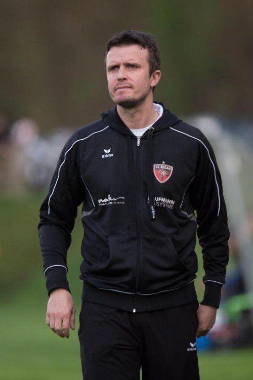 Trainer Philipp Schwarz will den ersten Westliga-Punkt. stiplovsek