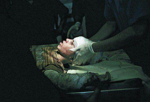 Wieder Verletzte und Tote: Nach drei Tagen Waffenruhe wurden die Kämpfe gestern wieder fortgesetzt. Foto: EPA