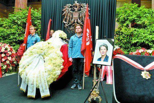 Zur Trauerfeier der verstorbenen Nationalratspräsidentin Barbara Prammer werden Amtskollegen aus mehreren Ländern erwartet. Foto: apa