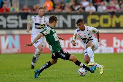So kennen die Altacher Fans Ismael Tajouri: dribbelstark, trickreich und mit viel Offensivdrang. Foto: gepa