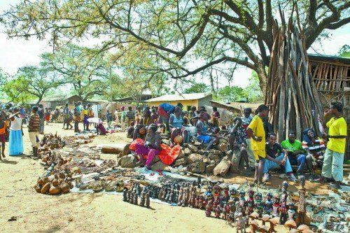 Auf dem Markt trifft sich das ganze Dorf, um Handel zu betreiben.