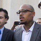 Schlägerei: Chris Brown bekennt sich schuldig