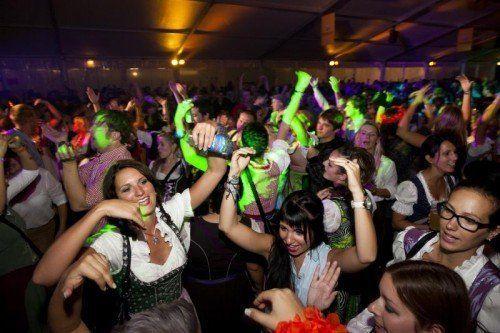 Das viertägige Bockbierfest der Brauerei Frastanzer startet heute mit dem Drei-Schwestern-Clubbing im Bockbierzelt in Frastanz. foto: veranstalter