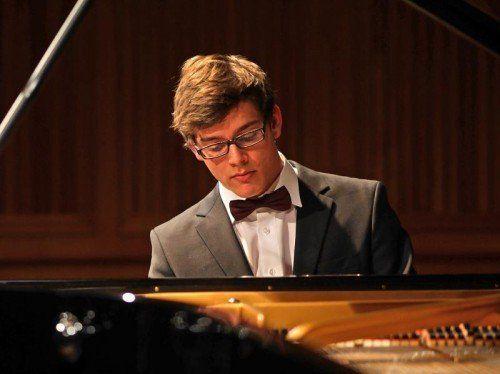 Der junge Dornbirner Pianist Aaron Pilsan hat beim ersten Wettbewerbskonzert um den ZF-Musikpreis 2014 den Publikumspreis gewonnen.