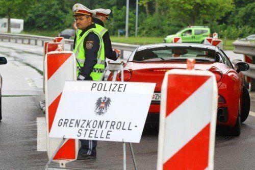Der lauter werdende Ruf nach temporären Grenzkontrollen an Landesgrenzen sorgt für eine Polit-Debatte.  Foto: VN/Hofmeister