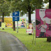 Wahlplakate, wohin man schaut