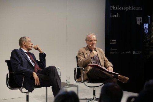 Der Vorabend gehört dem Erzählen und Deuten: Philosoph Konrad Paul Liessmann und Schriftsteller Michael Köhlmeier.  Foto: Dietmar Mathis