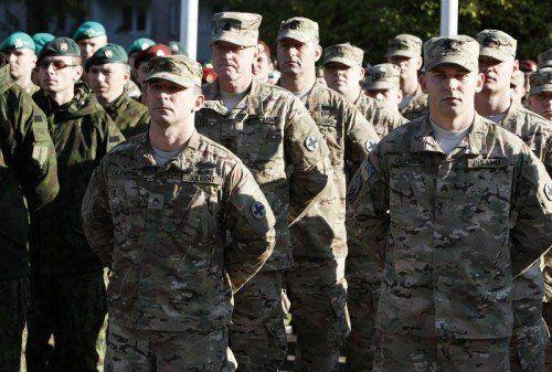 """Die NATO startete das Manöver """"Anakonda-14"""".  FOTO: AP"""