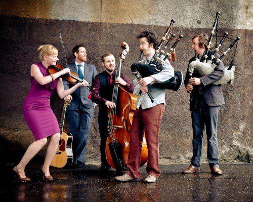 Die schottsiche Musikgruppe Breabach wird am Sonntag als Headliner am Spielboden auftreten. foto: spielboden