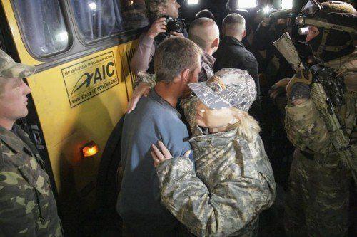 Die Vereinbarung in Minsk inkludiert auch den Austausch von Kriegsgefangenen auf beiden Seiten. FOTO: EPA