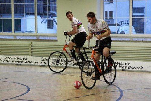 Die Weltmeister Patrick Schnetzer und Markus Bröll. schwämmle