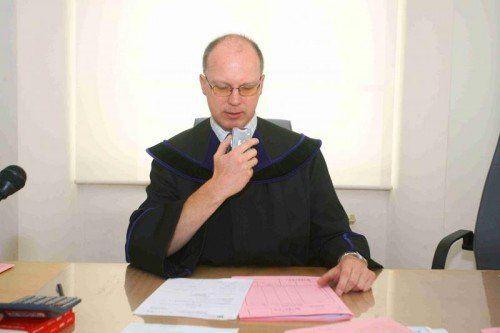Ein seltener Fall für Richter Christian Röthlin.  Foto: VN/HB