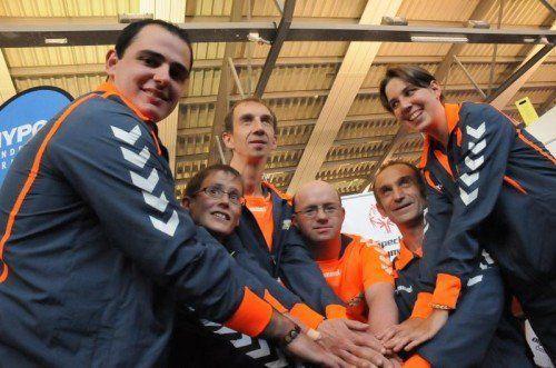 Ein Teil der nominierten Ländle-Sportler für die Special Olympics Summer Games in Antwerpen mit Johanna Pramstaller (2. v. l.). Foto: akp