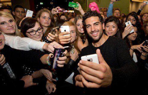 Elyas M' Barek wird von den Fans geliebt. Foto: epa