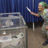Die Bewohner der Halbinsel Krim wählen zum ersten Mal nach russischem Recht