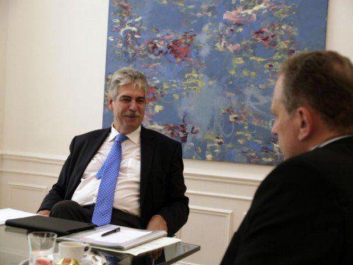 Finanzminister Schelling hat sich ein Konzept ohne neue Steuern vorgenommen. FOTO: AK