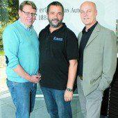 Geschäftsführer Arnt Buchwald (Schulheim Mäder), Bruno Weratschnig und Kurt Bereuter (v. l.).