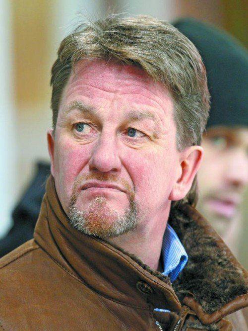 Heikki Mälkiä, der neue Mann auf der EHC-Trainerbank. Foto: gepa