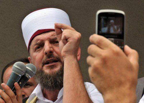 Imam Shefqet Krasniqi wurde im Kosovo festgenommen. AP
