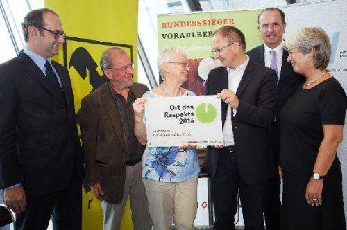 Initiatorin Helen Rüdisser nahm die Auszeichnung entgegen.