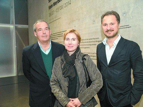 Kurator Rudolf Sagmeister, Künstlerin Miriam Prantl und KUB-Direktor Yilmaz Dziewior (v. l.). Fotos: sie