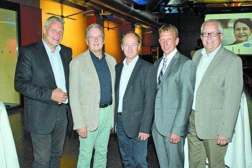Landes-Geschäftsführer Anton Strini mit Heinrich Geißler, Helmut Mahringer, Bernhard Bereuter und Michael Simma (v. l.).  Fotos: Franc